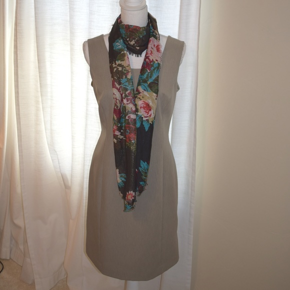Jones New York Dresses & Skirts - Jones New York Sleeveless Sheath Dress NWOT